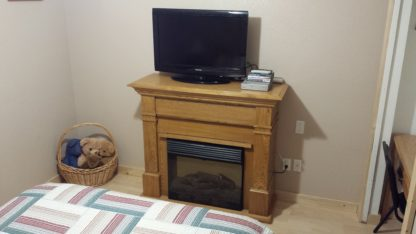 Aframe basement bedroom tv/dvd fireplace